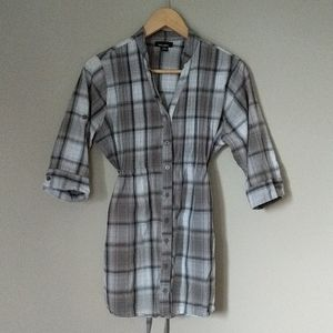 Gray Plaid Belted Button Down Shirt M